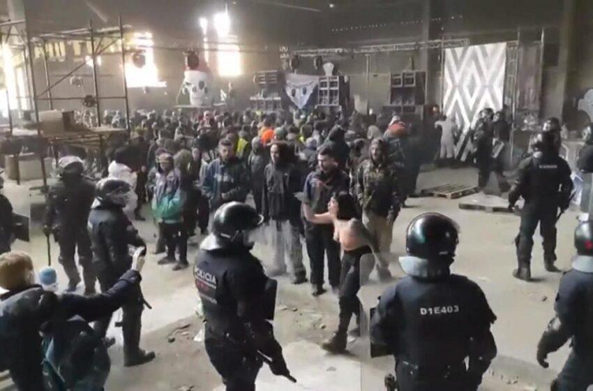 VIDEO :: Italija, rejv se oteo kontroli – 10.000 ljudi na žurci sedam dana bez prestanka!